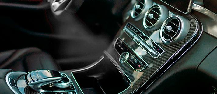 <h3>Automotive<BR>– Daimler</h3><p>Production logistics – a part of the customer's core business.</p>